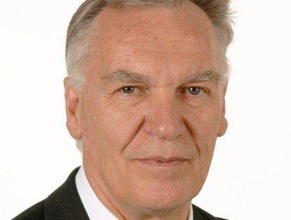 Hardliner wie BKA-Chef Jörg Ziercke scheinen sich mit ihrer Forderung nach der Vorratsdatenspeicherung durchzusetzen.