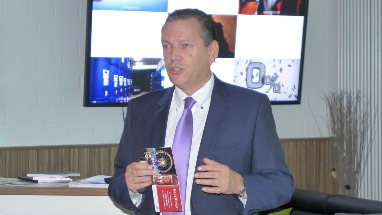 Uwe Zeithammer, Director Supply Chain Services bei Also, will die E-Commerce-Erfahrung den Kunden zugänglich machen.