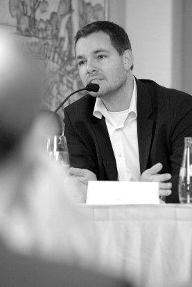 """""""Das mittlere Management muss anders führen"""", meint Willms Buhse, Geschäftsführer von Doubleyuu"""