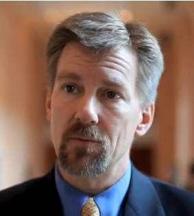 Gartner-Analyst Thomas Bittman glaubt an die Koexistenz interner IT-Ressourcen und privater Clouds.