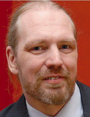 """Ralf Benzemüller: """"Onlinekriminelle schrecken nicht davor zurück, bei Veränderungen im Benutzersystem die jeweiligen Anbieter zu attackieren."""""""