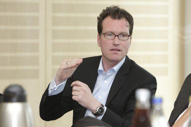 """Dirk Martin, Helpline: """"Der Wert Sicherheit rangiert hierzulande deutlich höher als der Wert Freiheit."""""""