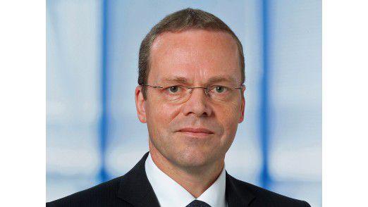 Dr. Egmont Foth ist Mitglied des Senior Management Boards und CIO von Carl Zeiss Vision.