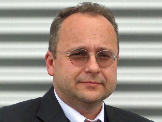 Reinhard Breyer ist IT-Abteilungsleiter bei der Mercedes AMG.