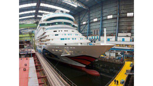 Kreuzfahrtschiff, gebaut von der Meyer-Werft.