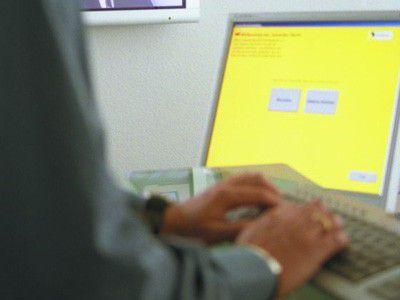Viele Mitarbeiter glauben, dass sie mit der IT-Sicherheit vertraut sind. Der Anbieter Clearswift bezweifelt das.