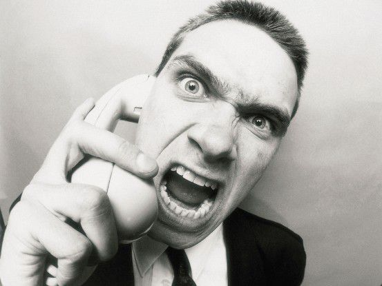 Manchmal ist gutes Benehmen am Telefon alles andere als einfach.