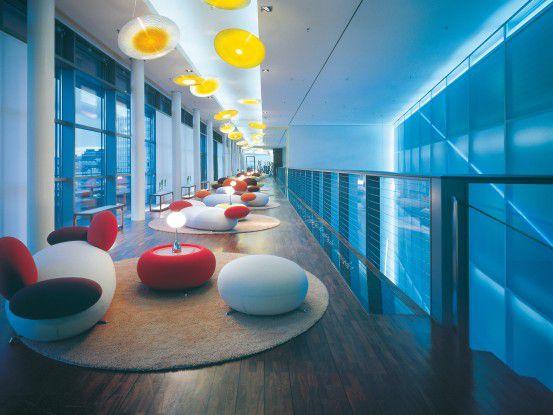 Auch das Lichtkonzept des Hamburger Side Hotel stammt von Zumtobel.