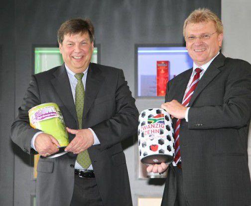 Frank Schulten (links), Geschäftsführer der HUBER Packaging Group und sein IT-Leiter Alfred Engel freuen sich über ein gelungenes SAP-ERP-Projekt.