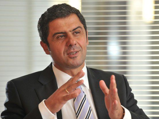 BTC (im Bild Vorstandsvorsitzender Bülent Uzuner) beschäftigt unternehmensweit Mitarbeiter aus 20 Ländern.