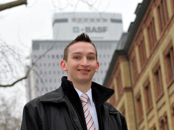 Christopher Zyzik entwickelt bei BASF als Teilprojektleiter neue Anwendungen.