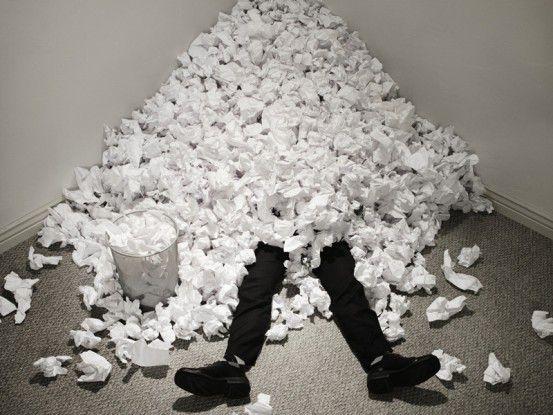 Übermäßiges Drucken kann eine wahre Papierflut verursachen: MPS schafft Abhilfe.