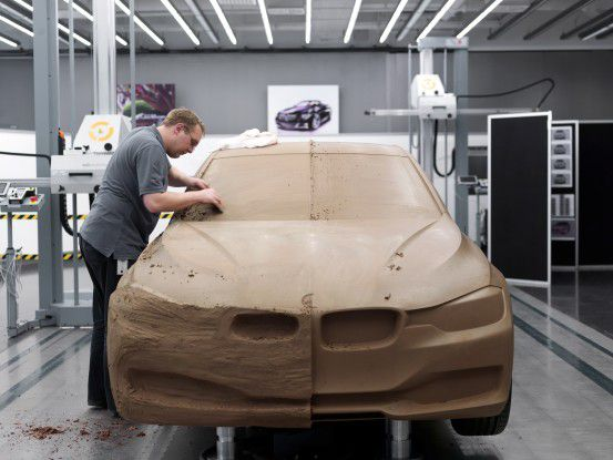 """""""Bevor das High-Tech-Auto auf die Straße kommt, sind eine Menge Vorarbeiten notwendig."""""""