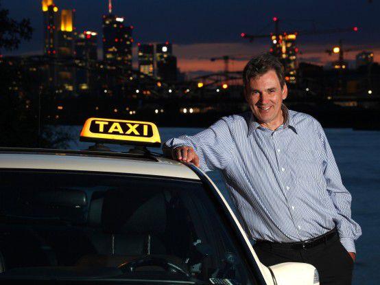 Es gibt Firmenchefs, denen das Urteil eines Taxifahrers über einen Bewerber wichtig ist.