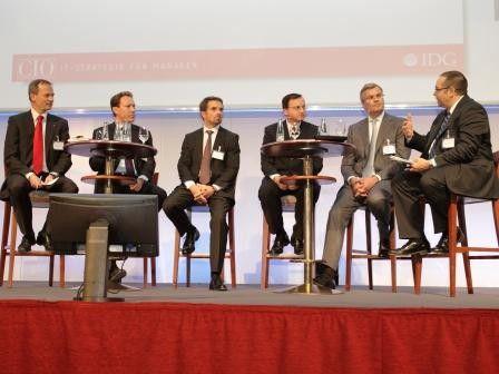 Was muß ein CIO können? Diese Frage diskutierten auf den Hamburger Strategietagen Horst Ellermann, Sven Michaelis, Sven Schatteberg, Edgar Kirchmann, Jan Cron und Helmut Krcmar. (v.l.n.r.)