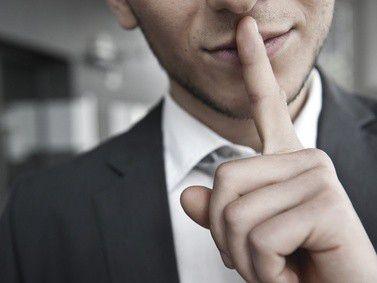Geheimwissen Karriere: Erschreckend wenig Arbeitnehmer wissen, wie sie in ihren Unternehmen Karriere machen können.