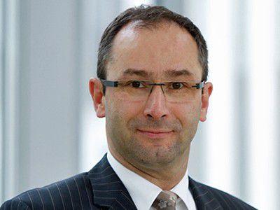 """""""in ausgelasteten LTE-Zellen dürfen 10 bis 14 Mbit/s realistisch sein."""" Bruno Jacobfeuerborn, Geschäftsführer Technik Telekom Deutschland GmbH"""