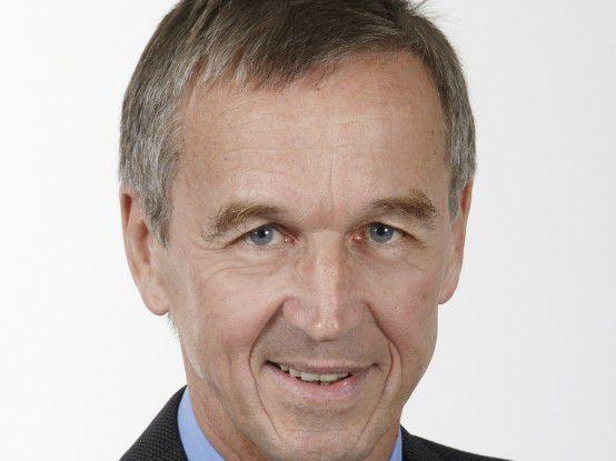 """Hubert Österle: """"Die Unternehmen müssen sich etwas überlegen."""""""