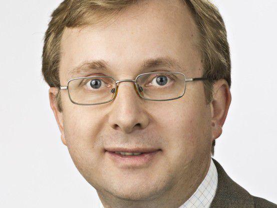 """""""Verfügbarkeit und Zuverlässigkeit spielen heute eine wichtigere Rolle als die Angst, die Kontrolle über Daten zu verlieren"""", sagt Matthias Zacher, Senior Consultant, IDC."""
