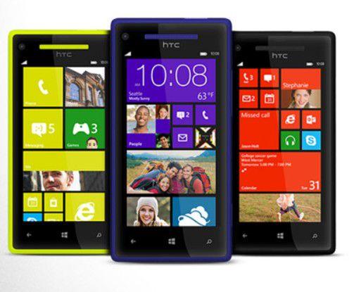 Die neuen HTC-Smartphones mit Microsoft-Betriebssystem gibt es ab November in zwei Ausführungen und veschiedenen Farben.