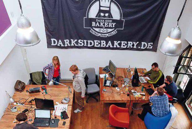 Das Dark Side Bakery Loft war zwei Monate lang beliebter Treffpunkt von Studenten, Entwicklern und Gründern. Foto: Sascha Radke
