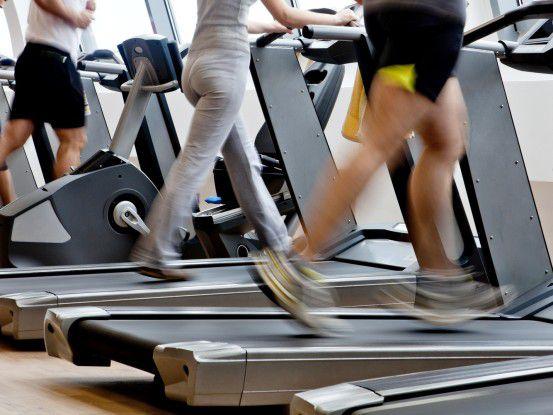 Nicht alle Besucher von Fitness-Studios sind mit Sport-Apps vertraut.