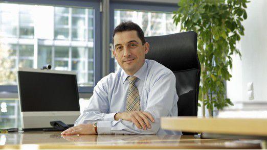 Michael Kollig von Danone an seinem Münchner Schreibtisch. Ein eher seltener Anblick, der EMEA-CIO ist beruflich viel unterwegs.