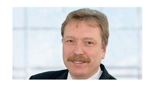 Der Vorgänger bei Wacker Chemie, Joachim Reichel, wurde 2015 neuer CIO bei der BSH Hausgeräte GmbH.