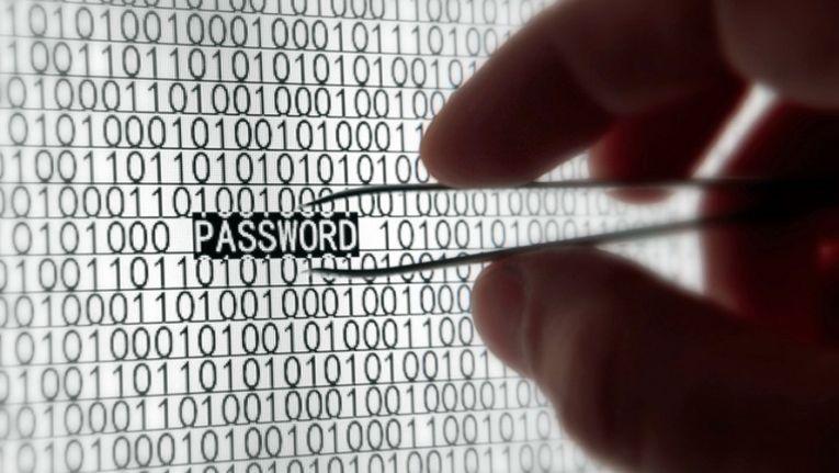 Der richtige Umgang mit Passwörtern kann viel Ungemach ersparen.