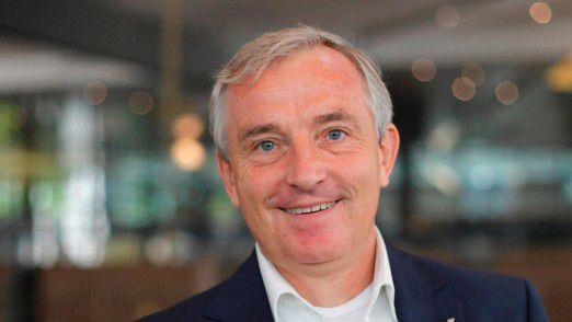 Beide Facetten vereint: Michael Müller-Wünsch arbeitete nach seiner Promotion als CIO, wurde dann Professor und kehrte nach 14 Monaten Hochschularbeit wieder in die Wirtschaft zurück.