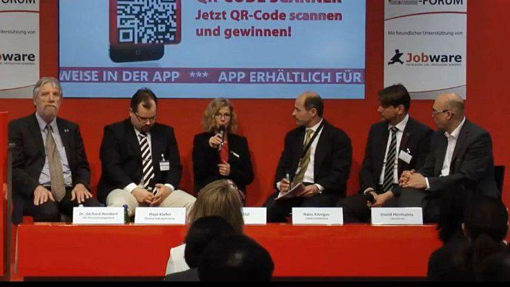 Es diskutierten (v.l.): Gerhard Humbert (HSC), David Bach (blueend web:applications), Ayse Gül (Sage), Hans Königes (COMPUTERWOCHE), David Hermanns (CyberForum) und Marcell Amann (Vector Informatik).