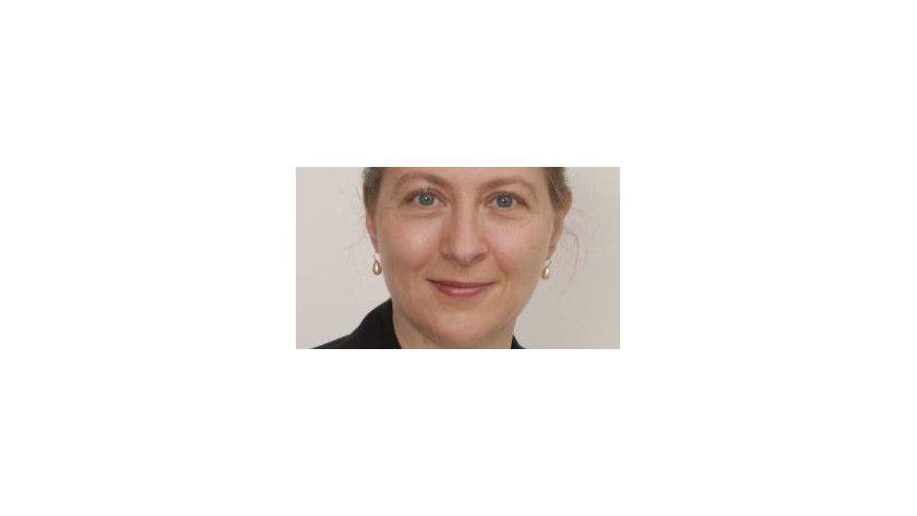Sabine Niodusch ist selbst Projektleiterin und hat ihre Erfahrungen in fiktiven Projektgeschichten zusammengefasst.