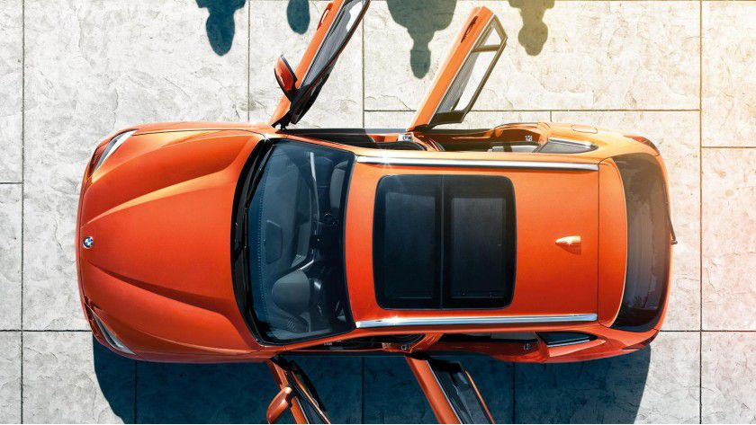 Ein schicker Dienstwagen in ungewöhnlicher Farbe? In vielen Unternehmen ein heiß diskutiertes Thema.