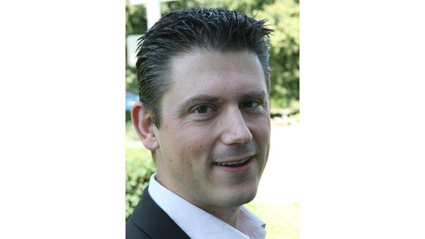 """""""Der Trend zu besonders schlanken, dünnen Geräten hält an und innovative Formfaktoren wie die 2-in-1-Geräte gewinnen zunehmend an Bedeutung."""" Frank Kuypers, Platform Architecture Specialist, Intel GmbH"""