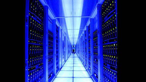 Der Analyse-Server SAP Sybase IQ 16 kann eine Menge von mehr als 34 Terabyte an Big Data in einer Stunde laden und indexieren.