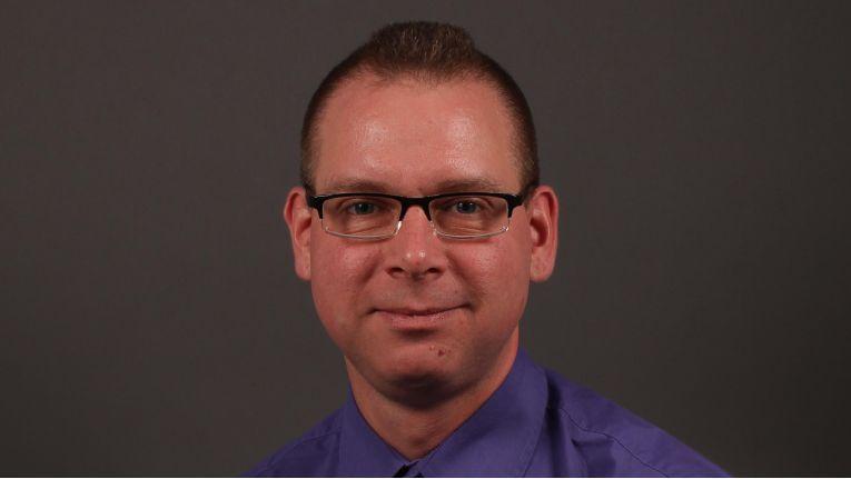 Raymond Siebert, Senior-Datenbankadministrator im Bereich IT Operations Data Services.