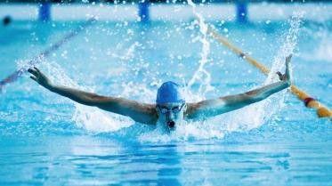 Schwimmen ist bei Managern beliebt und dient sowohl der Kondition wie auch dem Stressabbau.