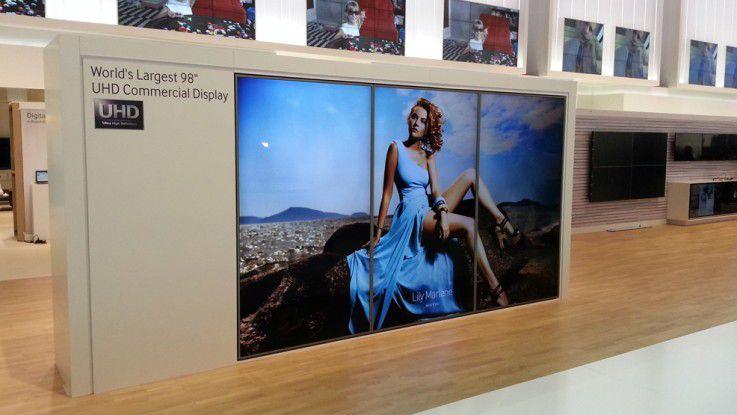 Der aktuell größte Flachbildfernseher - ein Modell mit 110 Zoll ist in Arbeit.