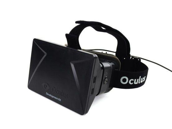 Zumindest bei der Entwicklerversion von Oculus Rift spielen Tragekomfort und Design kaum eine Rolle. Der Hersteller gelobt Besserung.