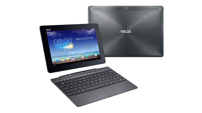 Zum Asus Transformer Pad TF701 gehört eine andockbare Tastatur mit integriertem Zusatzakku.