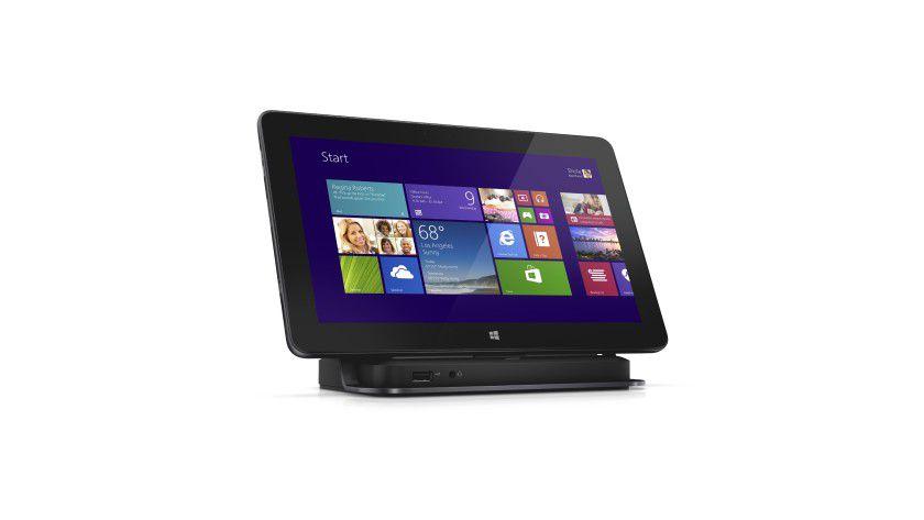 Für die Daten-Produktion im Büro stellt man das Business-Tablet Dell Venue 11 Pro vorzugsweise in diese kleine Docking-Station. So erhält das Tablet schnellen Anschluss an Peripheriegeräte wie Tastatur, Maus und Drucker