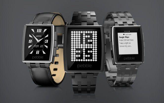 Reifendruck und Tankanzeige auf der Uhr? Nein, das ist kein Witz. Hierzu gingen Mercedes und der Smartwatch-Hersteller Pebble eine Partnerschaft ein. Und selbst vor Gefahrensituationen soll die Uhr mit Vibrationen warnen.