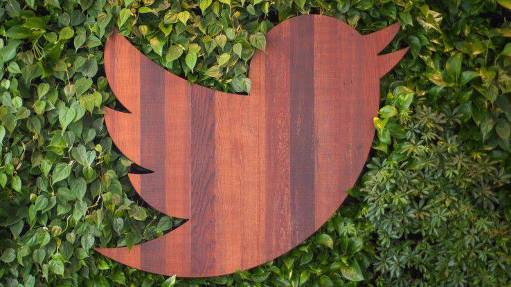 Das Twitter-Logo mal nicht virtuell, sondern ganz gegenständlich aus Holz.