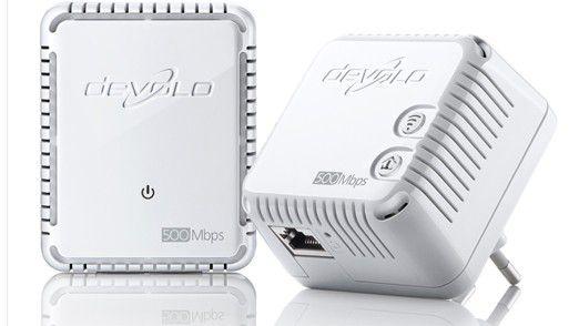 Devolo dLAN 500 WiFi: Ein solches Powerline-Set leitet Daten über das Stromnetz und spannt im gewünschten Raum ein (weiteres) WLAN auf.