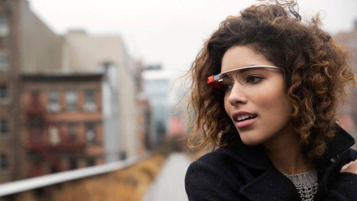 Die Datenbrille Google Glass soll dank Intel-Prozessor u. a. energieeffizienter werden.