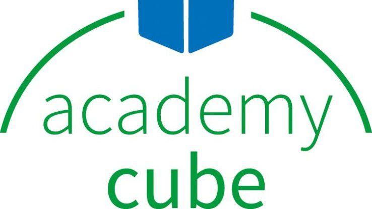 Der Academy Cube wurde 2012 von der Softwarefirma SAP und EU-Kommissarin Neelie Kroos als Plattform gegen Jugendarbeitslosigkeit in Europa ins Leben gerufen.