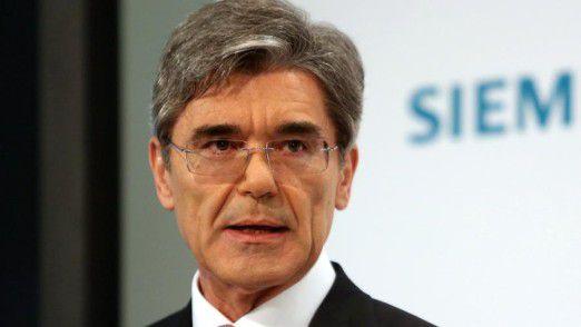 Siemens-Chef Joe Kaeser sieht sich angesichts der guten Zahlen für das erste Geschäftsquartal 2016 in seiner Strategie bestätigt.
