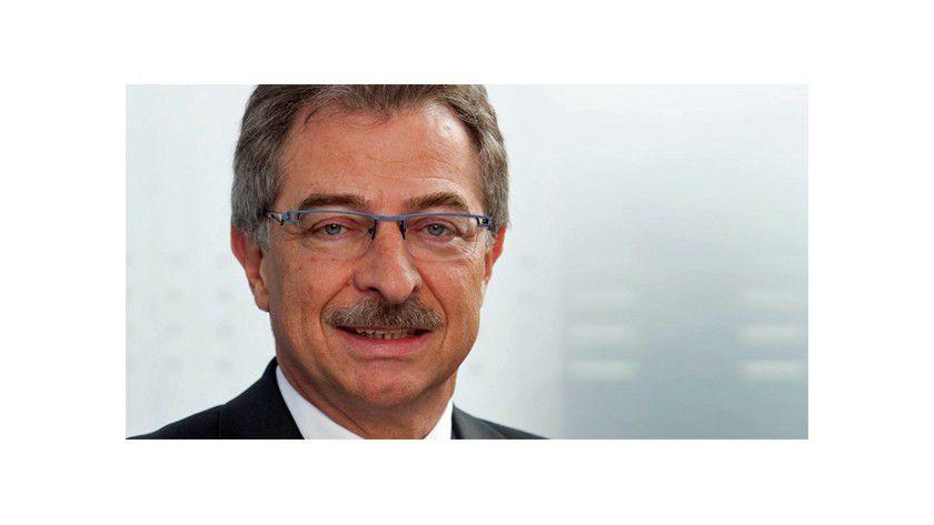 """""""Insgesamt haben die ITK-Unternehmen in den vergangenen fünf Jahren rund 100.000 neue Arbeitsplätze geschaffen"""", sagt Bitkom-Präsident Dieter Kempf."""