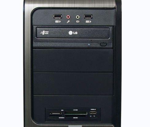 Kiebel KCShome premium quad: Frontanschlüsse, DVD-Brenner und Kartenleser