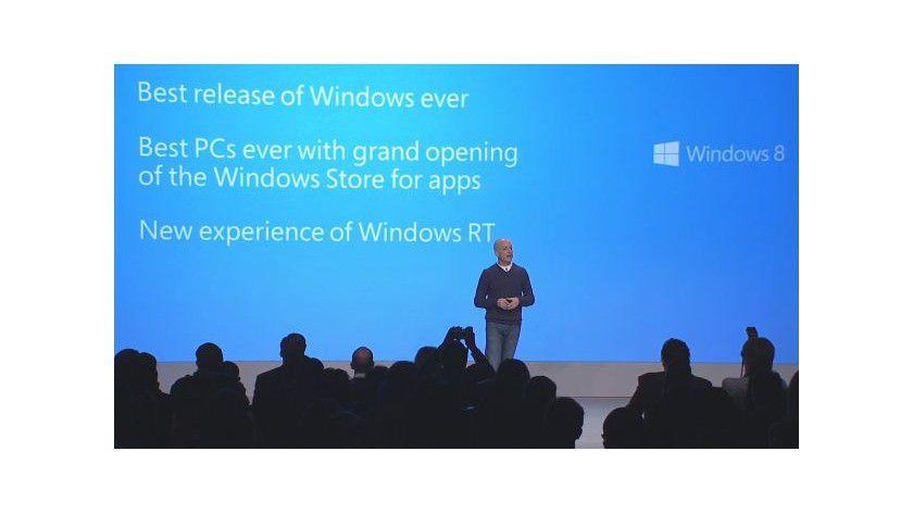 Windows 8: Microsoft-Manager Steven Sinofsky stellt das neue Betriebssystem auf dem Launch-Event in New York vor.